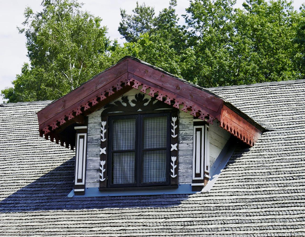 Prozor kosi krov